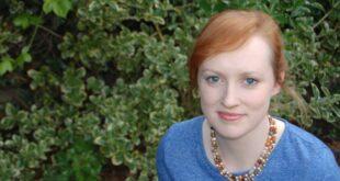Portrait Ruth McNally